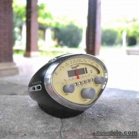 Radio reloj Vespa
