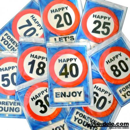 Regalos de cumpleaños: tarjeta de felicitación con chapa