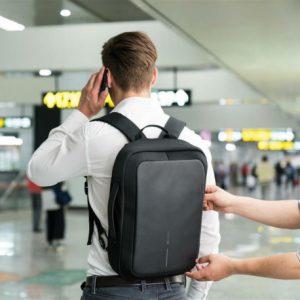 mochila-maletín anti robo